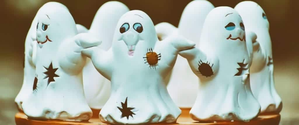 How do you arrange a ghost party?